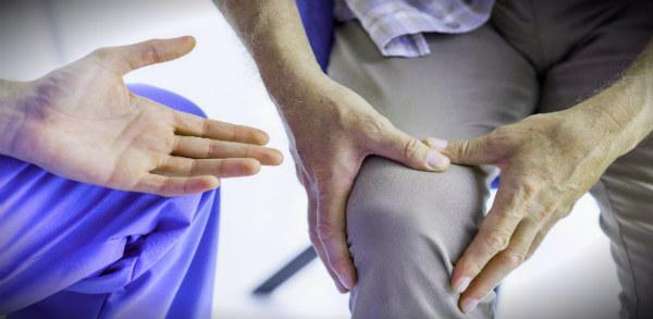 колено артрит