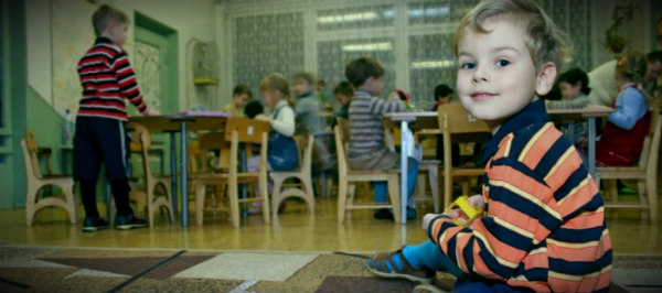 детсад дети за столами