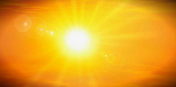 палящее солнце летом