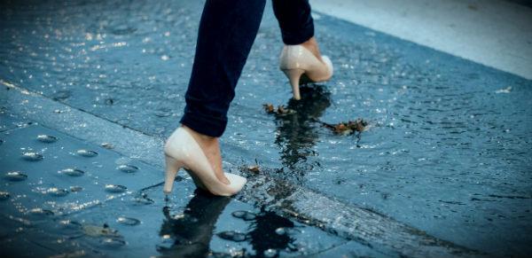 промочить обувь