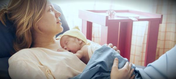 после родов с малышом
