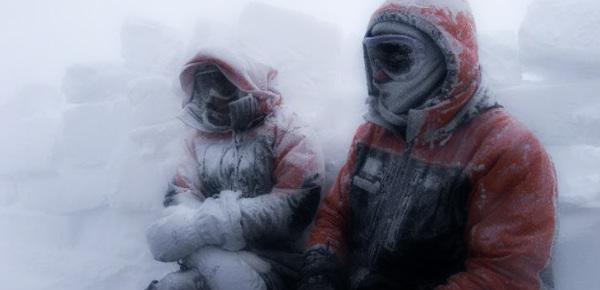два человека на морозе